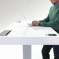 """Oturma alışkanlıklarını öğrenen masa """"Kinetic Desk"""""""
