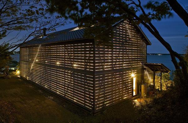 Barn-Style-Home-Design-Exterior