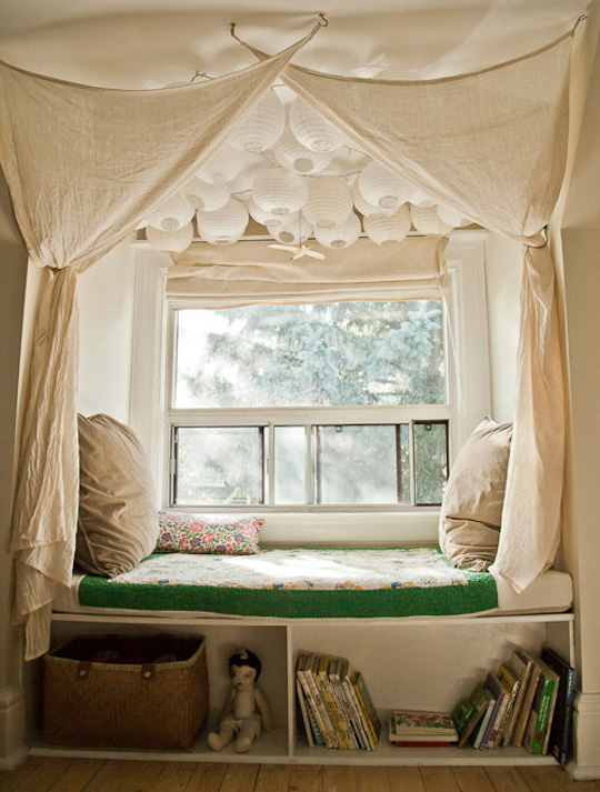 Top-27-Cozy-Reading-Nooks-That-Will-Inspire-You-To-Design-One-Yourself-In-Your-Home-homesthetics-7