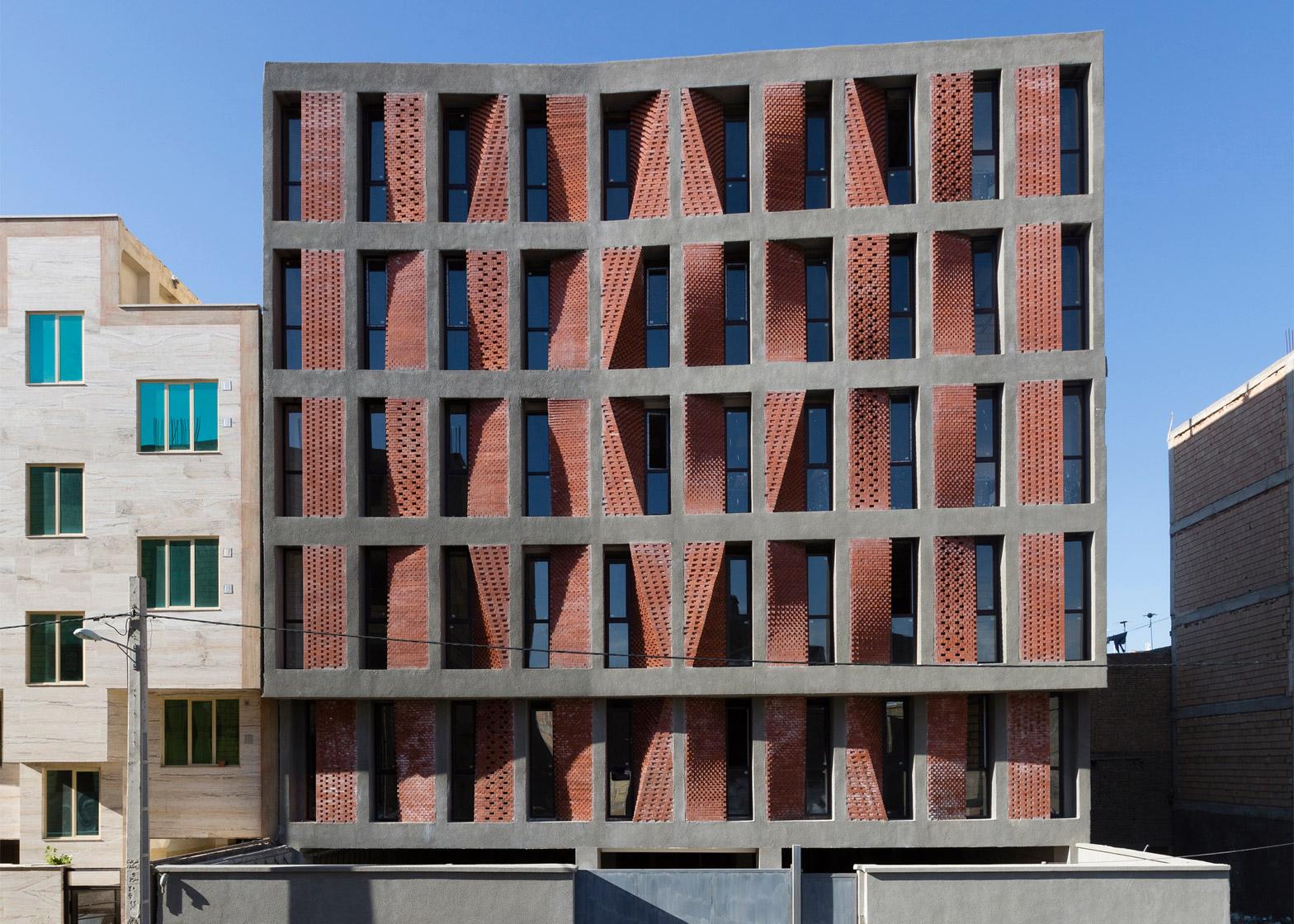 kahrizak-residential-building-caat-studio-tehran-iran-parham-taghioff_dezeen_1568_0