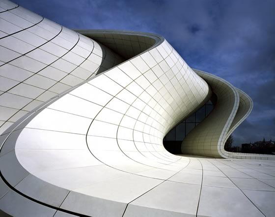 aol-zaha-hadid-architects-heydar-aliyev-center-10
