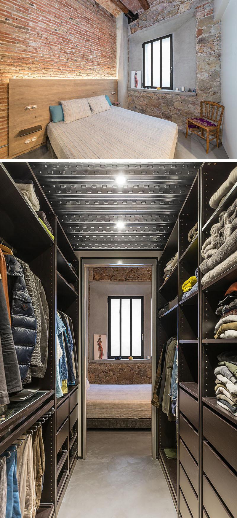 bedroom-with-walk-in-closet-07