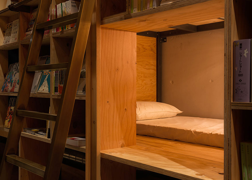 library-hotel-book-bed-tokyo-4